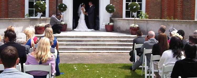 Partager des photos de mariage en privé ?