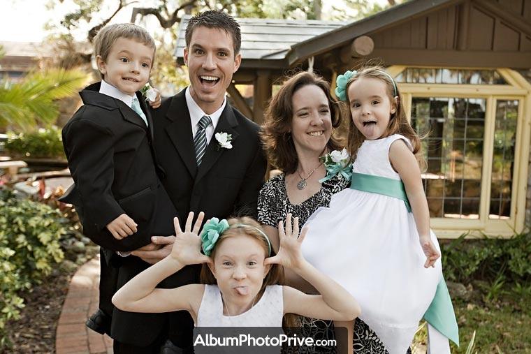 Partagez vos photos de famille uniquement avec vos proches : créez votre blog privé