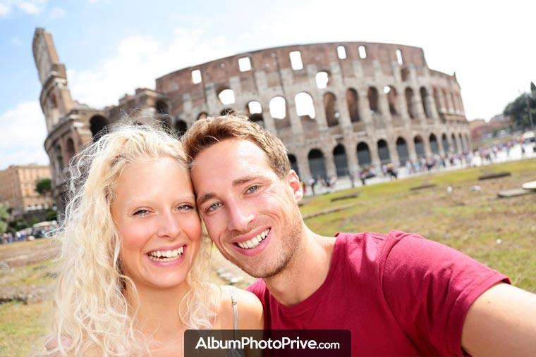 Album voyage en ligne : De plus en plus nombreux sont les internautes voyageurs à la recherche d'un système fiable, respectant la vie privée, pour partager leur voyage en direct avec leur famille et leurs amis.