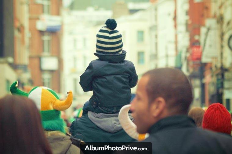 Pour un road trip familial avec ses enfants, utiliser un service familial privé permet de partager avec ses proches, de façon sécurisée, tout en protégeant sa vie privée et son droit à l'image.